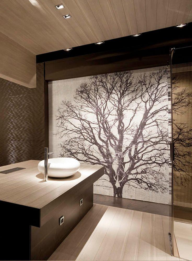 Mur en mosaique en forme d'arbre